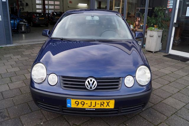 Volkswagen Polo 1.4-16V Comfortline   Clima   Cruise   NW APK