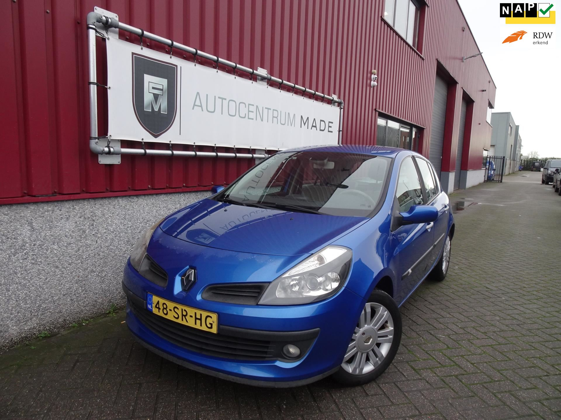 Renault Clio occasion - Auto Centrum Made
