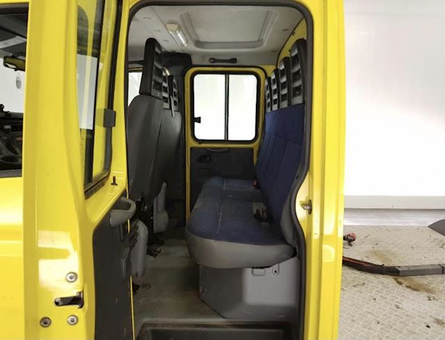 Iveco Daily 40C18 10 ton tons be trekker dubbele cabine luchtvering airco