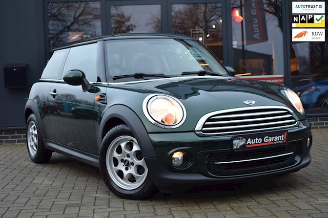 Mini Mini 1.6 Cooper/AUTOMAAT/airco/stoelverwarming/sfeerverl/lm/pdc