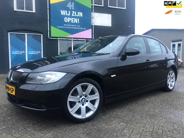 BMW 3-serie 320i Dynamic Executive CLIMA/NAP/VELGEN