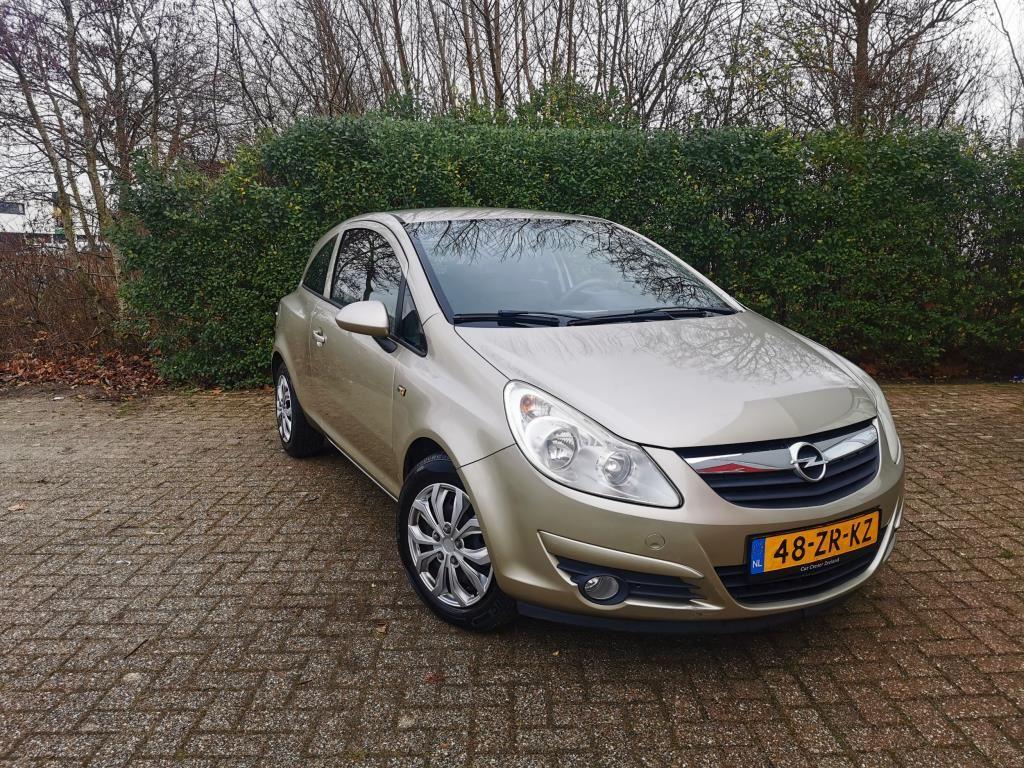 Opel Corsa occasion - Car Center Zeeland