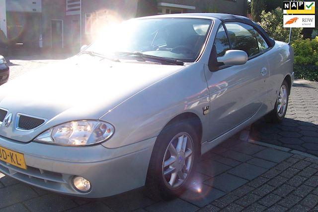 Renault megane cabrio Leder.Airco.LM Velgen.Camera.Navi.Nieuwe apk.