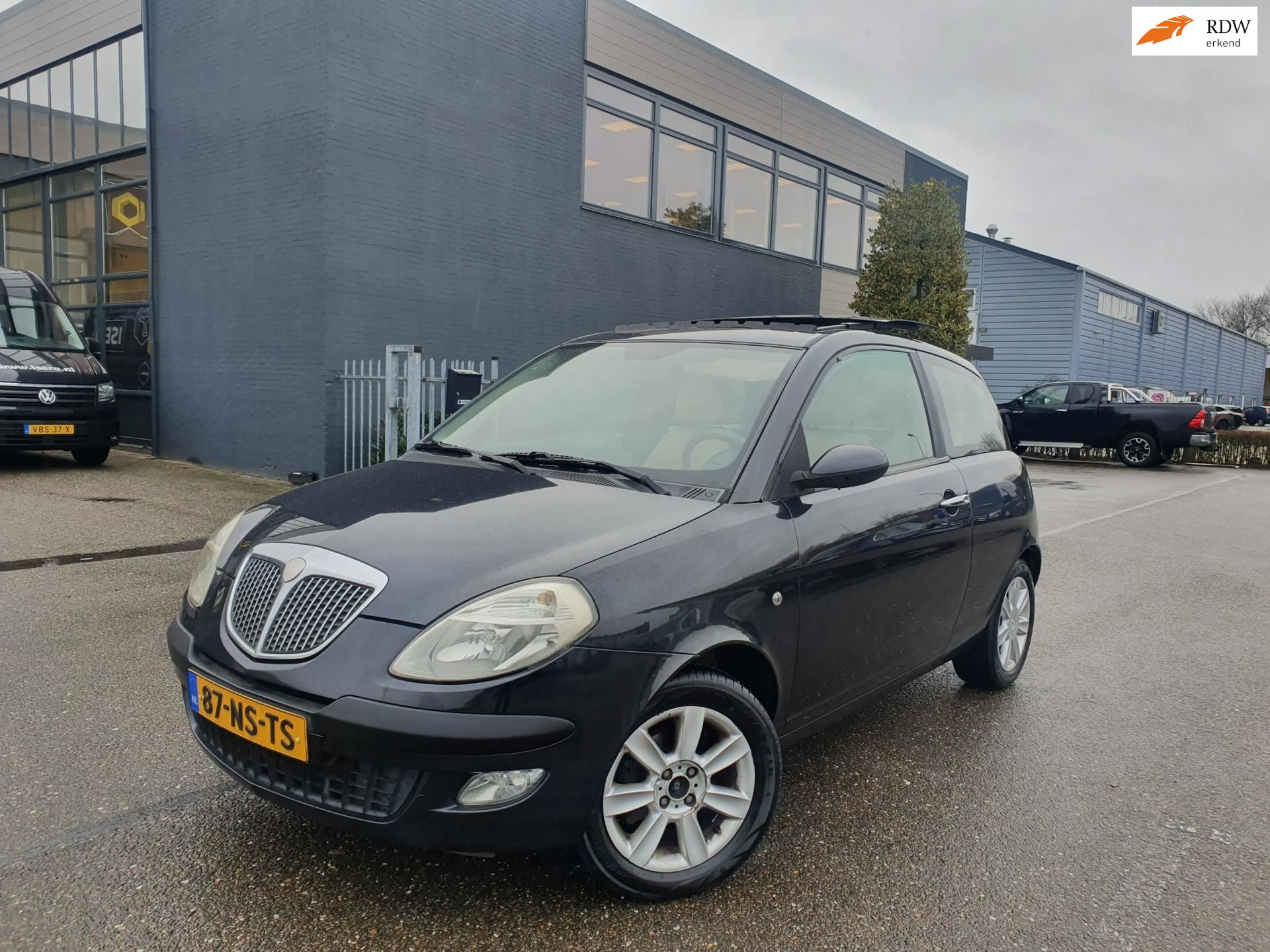Lancia Ypsilon occasion - Autohandel Direct