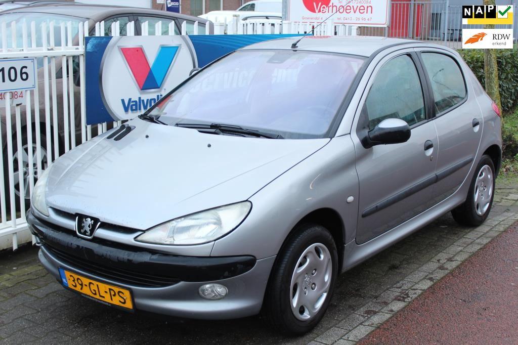 Peugeot 206 occasion - Autobedrijf Henk Verhoeven