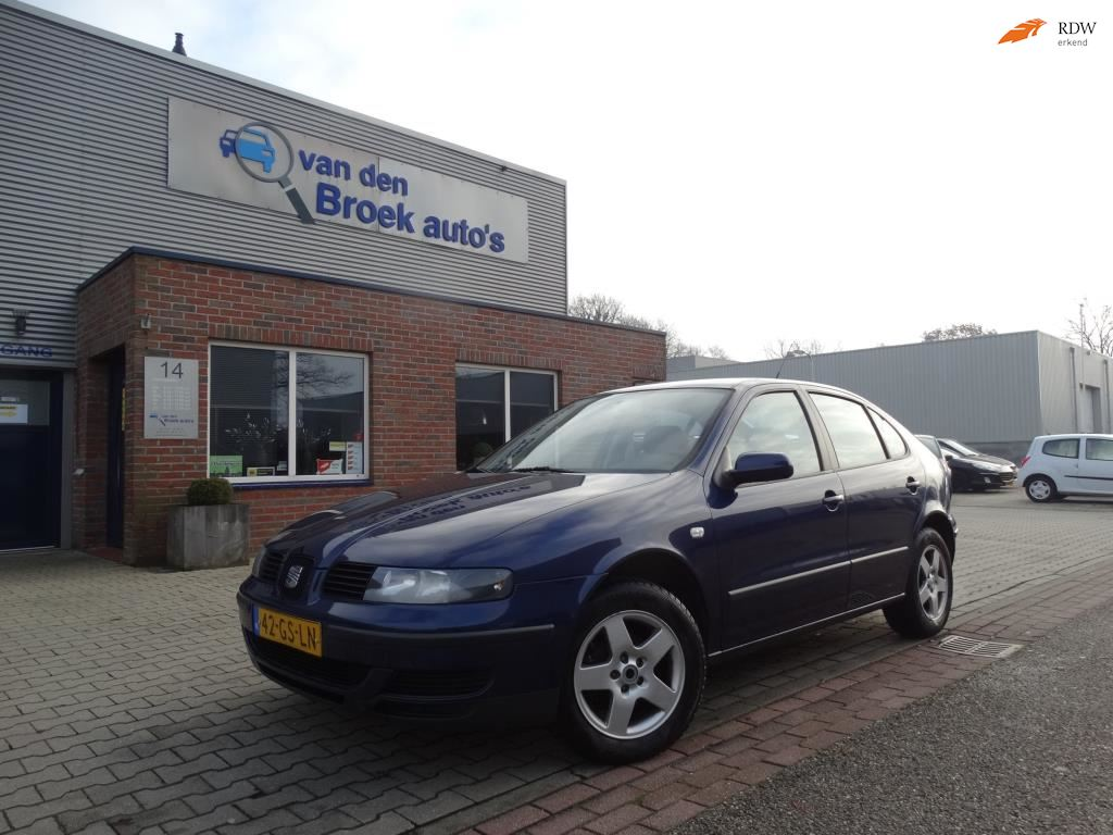 Seat Leon occasion - R. van den Broek Auto's