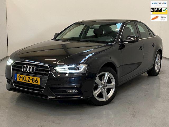 Audi A4 2.0 TDI / Automaat / Navi / Trekhaak