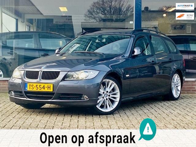 BMW 3-serie Touring 320i Dynamic Executive 2x Panorama/Xenon/Cruise/Navi/PDC/LM velgen/Airco ECC/Stoelverwarming! Topstaat!