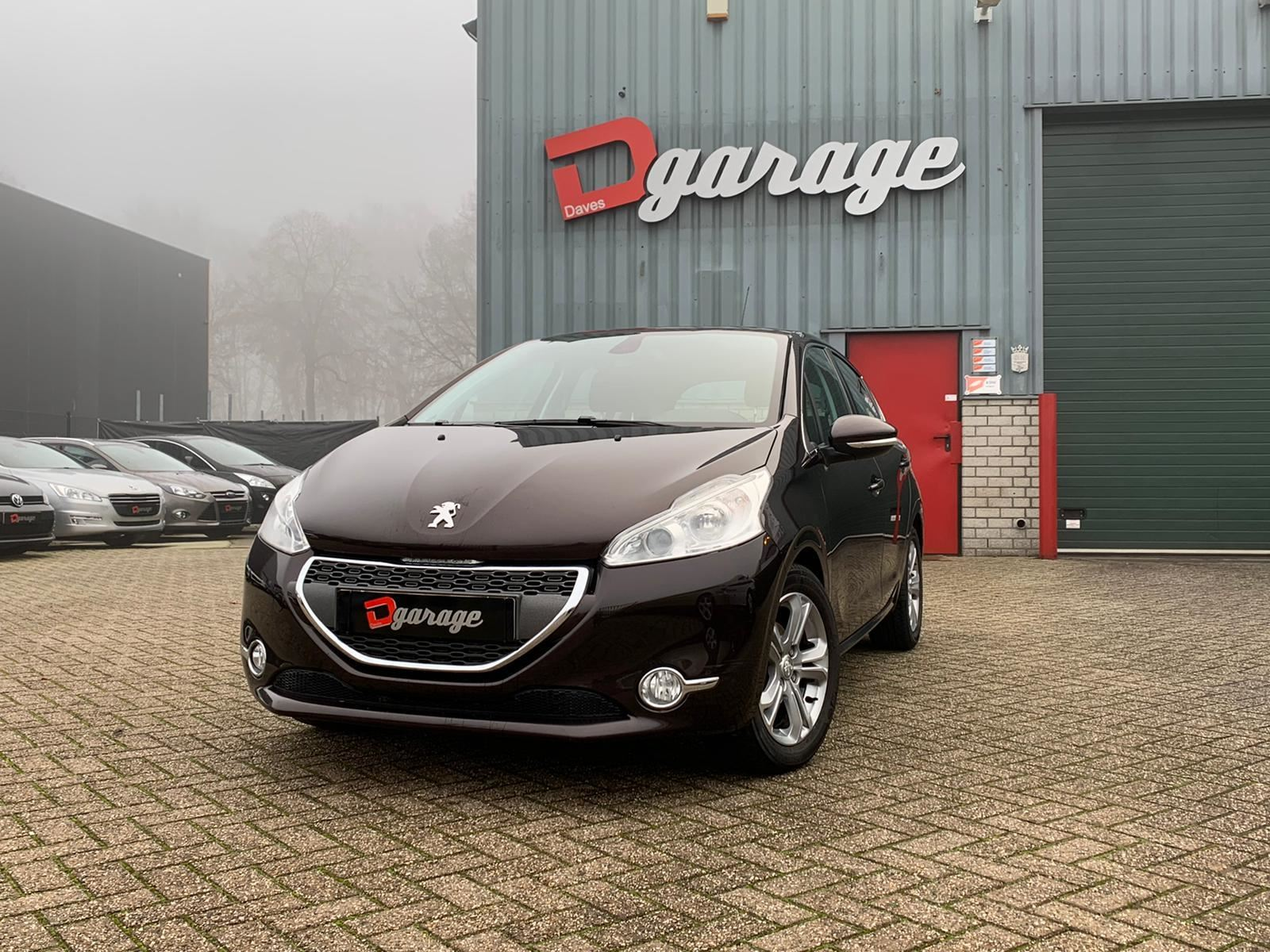 Peugeot 208 occasion - Dave's Garage