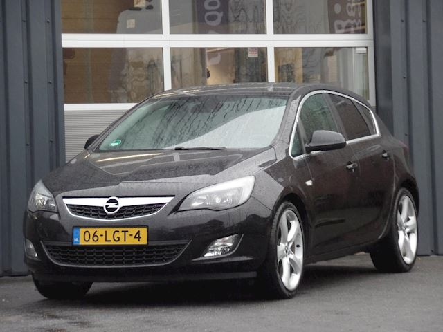 Opel Astra 1.6 Sport Navigatie Climatecontrole Cruisecontrol 19Inch