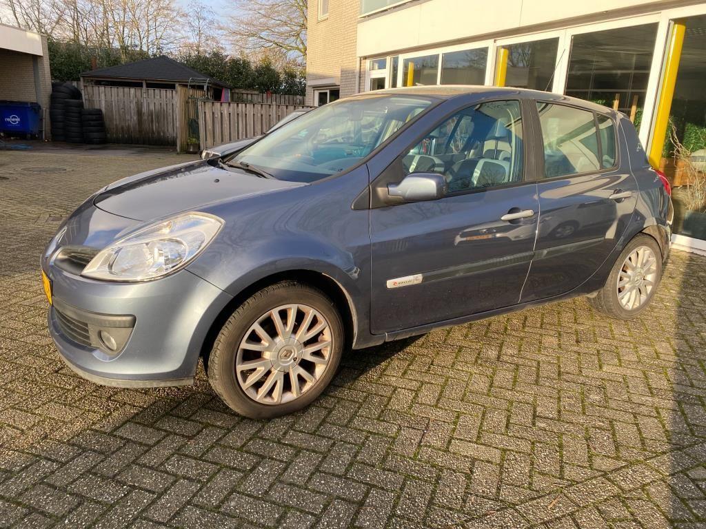 Renault Clio occasion - Garage Schreuders