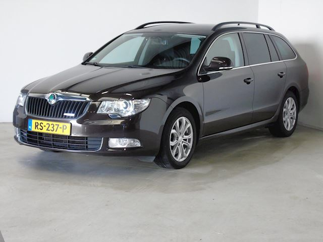 Skoda Superb Combi 1.6 TDI Greenline Ambition Business Line Navi Xenon Cruise control