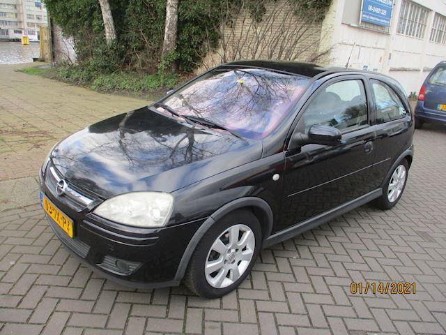 Opel Corsa 1.4-16V Silverline