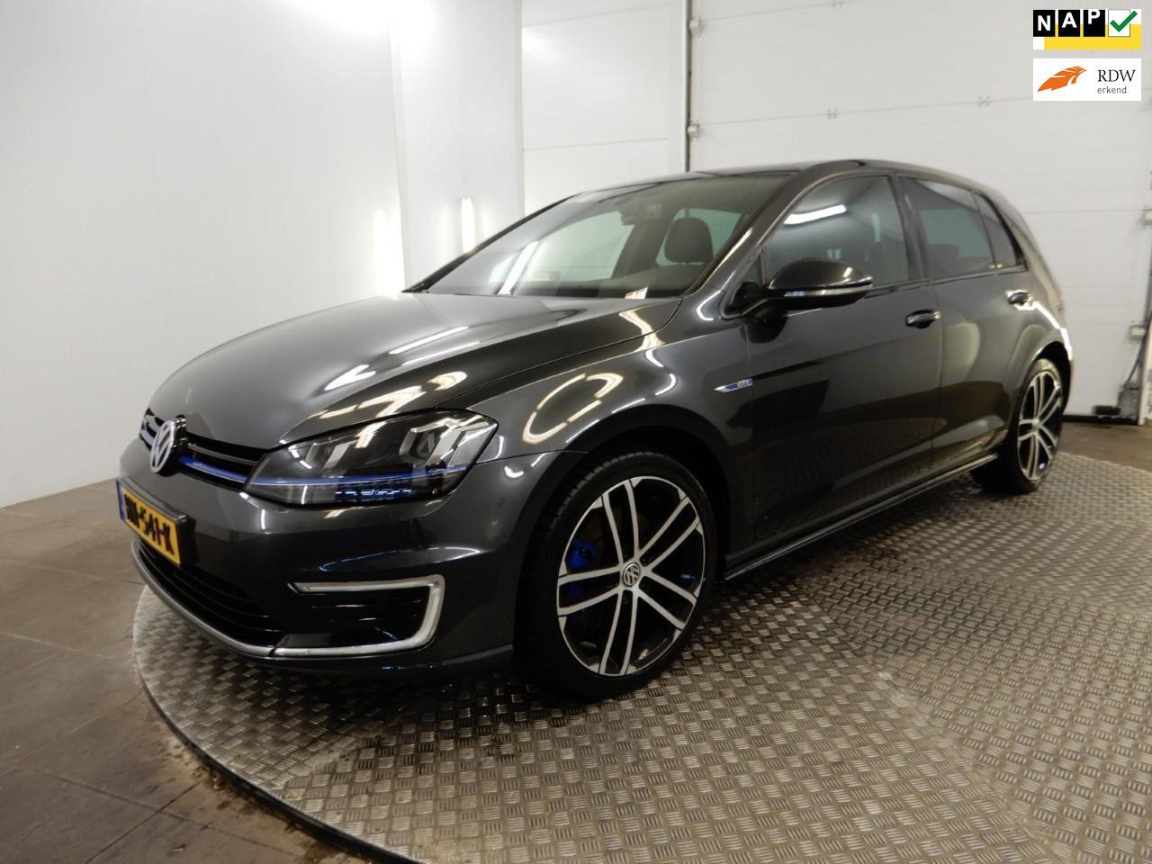 Volkswagen Golf occasion - Laman Auto's
