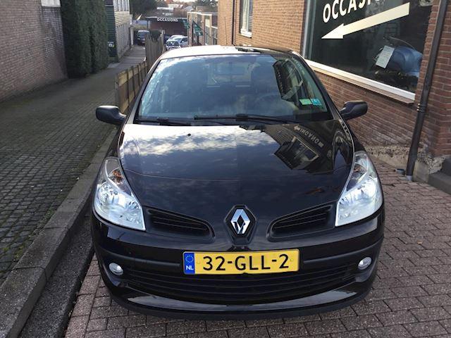 Renault Clio 1.2-16V Special Line airco