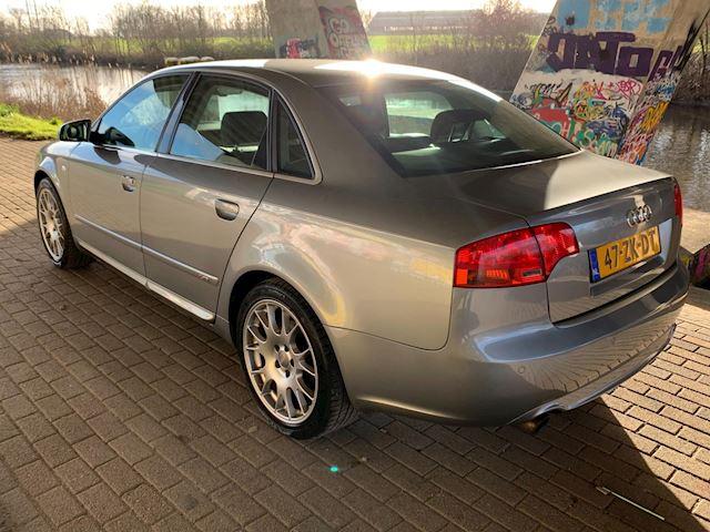Audi A4 2.0 TFSI Quattro S-Line 200PK!