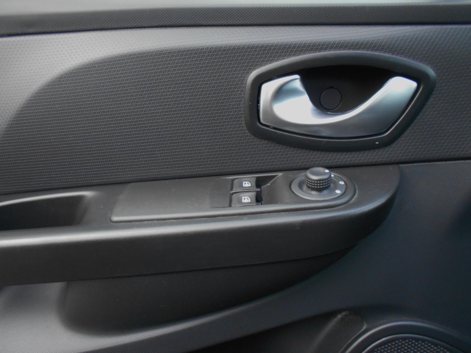 Renault Clio occasion - Zwenger Auto's