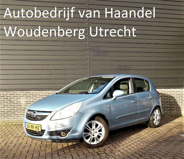 Opel Corsa 1.4-16V Cosmo 5d Goed onderhouden APK 12-2021
