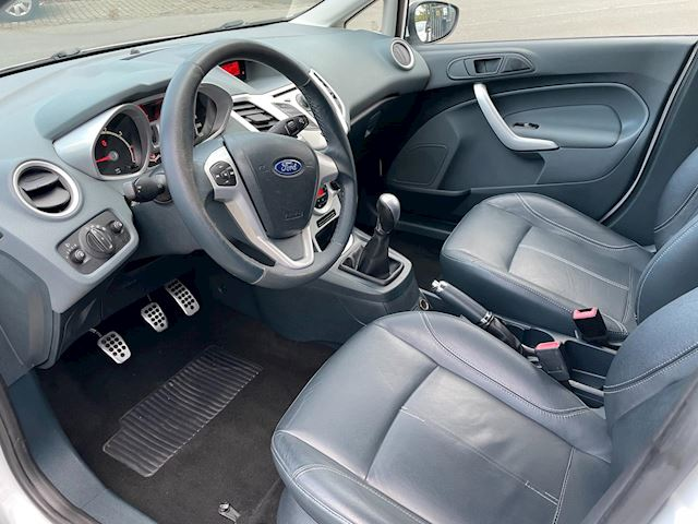 Ford Fiesta 1.6 Titanium Clima Elek Pakket Lmv Leer Spoiler Nw Apk