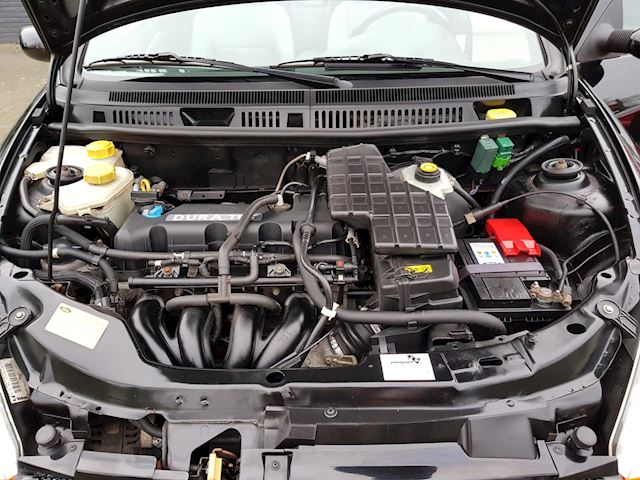Ford Streetka 1.6 cabrio softtop