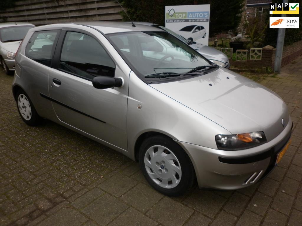 Fiat Punto occasion - Autobedrijf in en verkoop auto's Evert van den Top