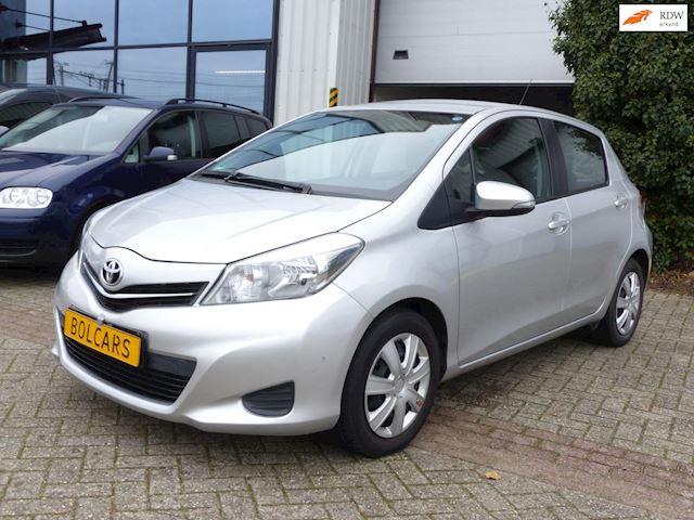 Toyota Yaris 1.3 VVT-i Dynamic,AUTOMAAT, Clima,Camera,Cruis, Inruil mog.