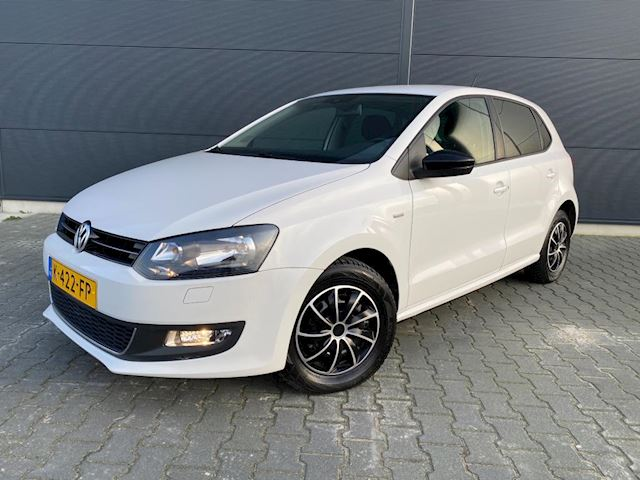 Volkswagen Polo 1.2-12V trendline bouwjaar 2012 ( vele extra's )