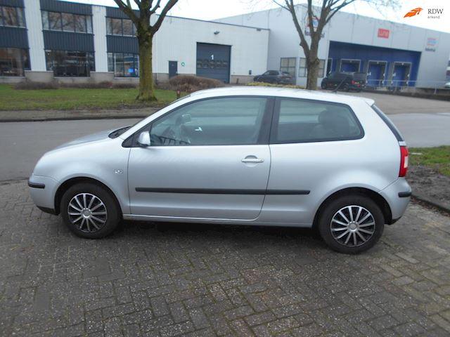 Volkswagen Polo 1.4-16V Comfortline APK 5-3-2022