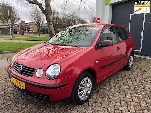 Volkswagen Polo Cruise-c/Aux/Elek-pakket/Nap/CV/Apk/Goed-onderhouden