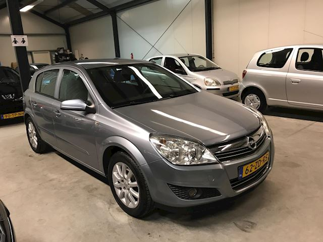 Opel Astra 1.6 Temptation AIRCO/5 DEURS/NAP/APK