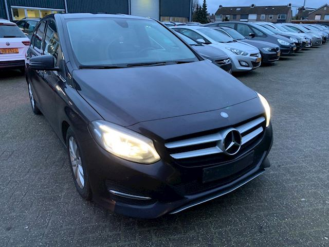 Mercedes-Benz B-klasse 180 d BlueEFFICIENCY leder nav xenon 206000 km