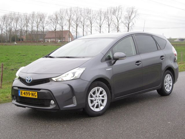 Toyota Prius + 1.8 Aspiration ECC/Navig/Full Led/Camera/7zits