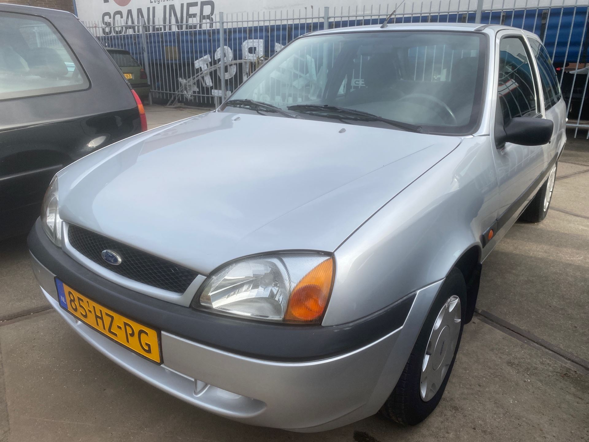 Ford Fiesta occasion - Autobedrijf Ricars