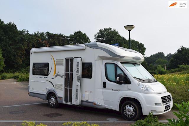 BENIMAR Mileo 235-Fransbed-Hefbed-Bomvol opties-58.265 km-Zgan occasion - Eric van Aerle Auto's
