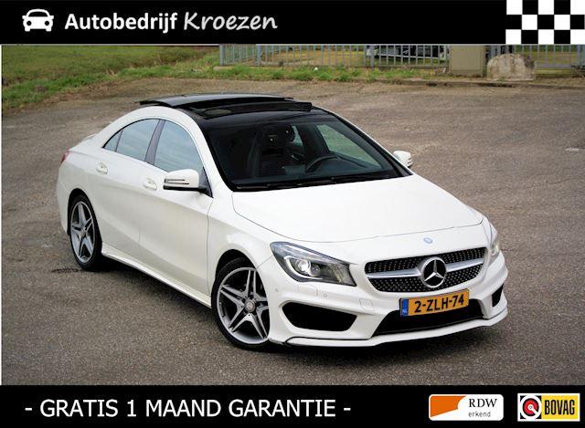 Mercedes-Benz CLA-klasse 180 * ///AMG Pakket * Pano * Led * Navigatie *