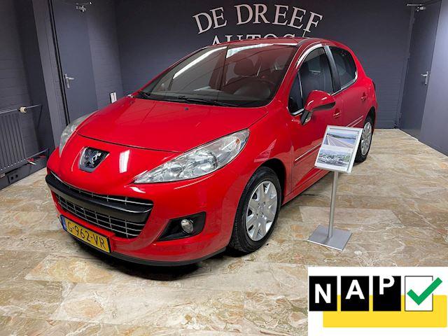 Peugeot 207 ZONDAG ' s open van 12-tot 17 uur