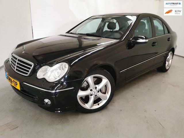 Mercedes-Benz C-klasse 180 K. Avantgarde / Youngtimer / Navigatie  / Leder