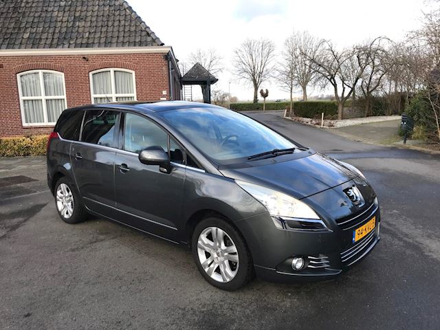 Peugeot 5008 1.6 THP Blue Lease Executive 7 PERSOONS/ PANORAMA/ HEAD-UP DISPLAY