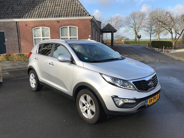 Kia Sportage 2.0 CRDI X-ecutive Plus Pack PDC/ TREKHAAK