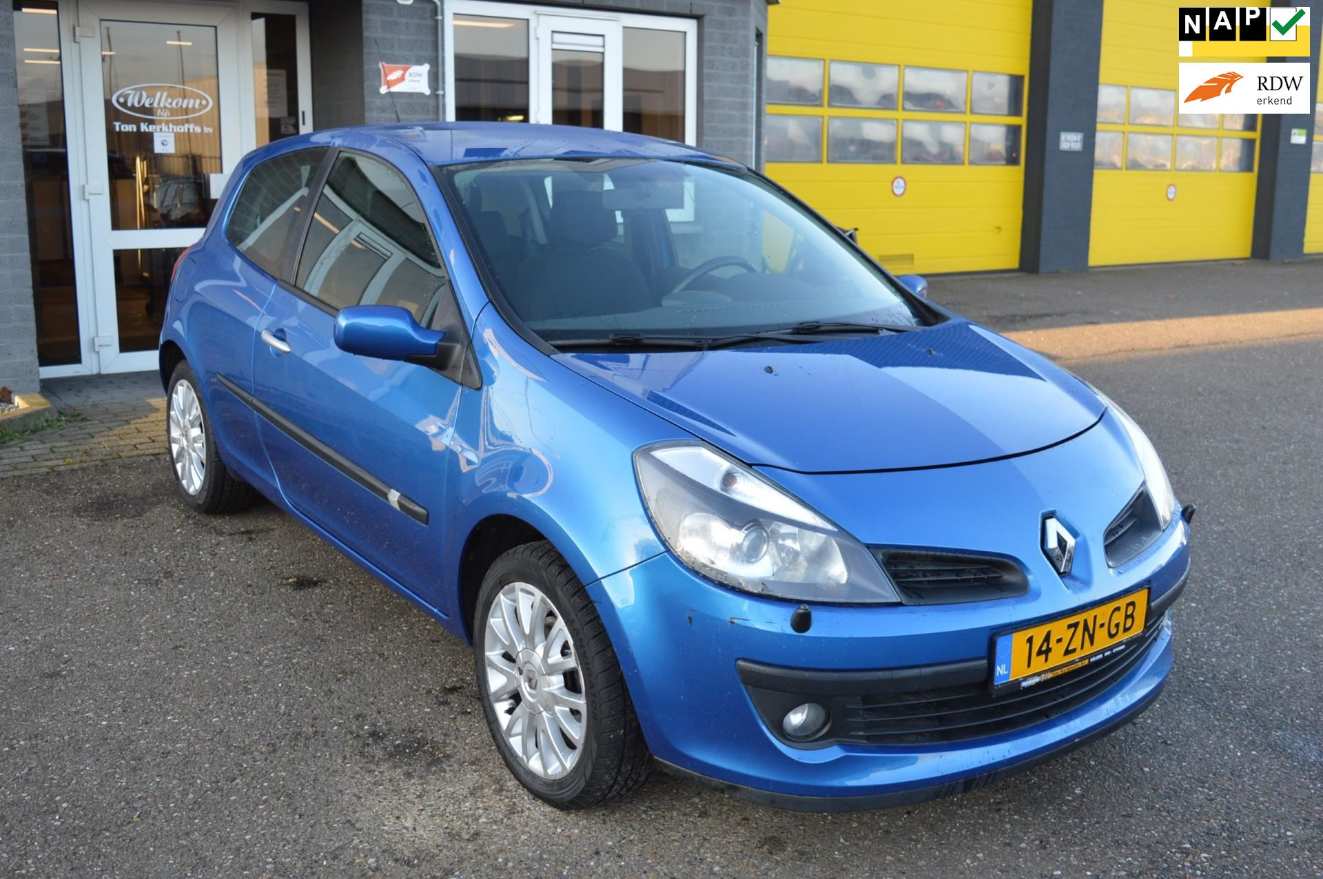 Renault Clio occasion - Autobedrijf Ton Kerkhoffs Bv