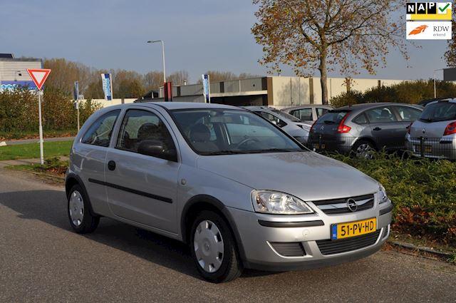 Opel Corsa 1.2-16V Rhythm / STUURBEKRACHTIGING / CRUISE CONTROL / NIEUWE APK / NAP / ZEER NETTE STAAT