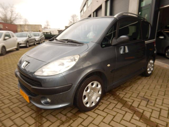 Peugeot 1007 1.4 Gentry,lLAGE KM.STAND!!AIRCO,87.000KM,N.A.P.!!