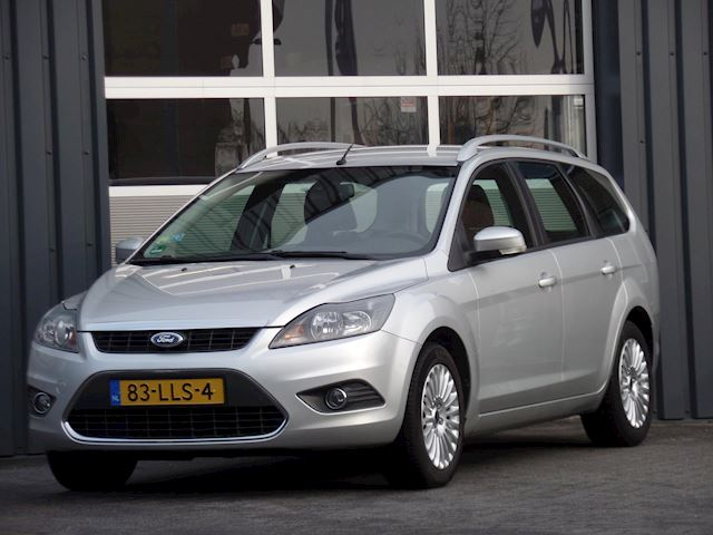 Ford Focus Wagon 1.8 Limited Navigatie Climatecontrol Cruisecontrole