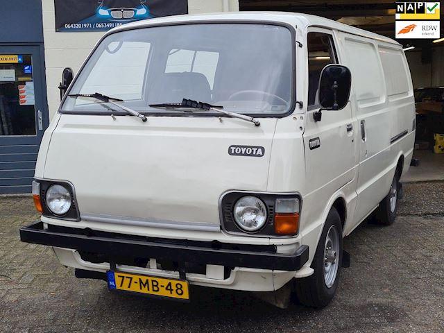 Toyota HI-ACE COMM. LANG DIESEL *UNIEK*