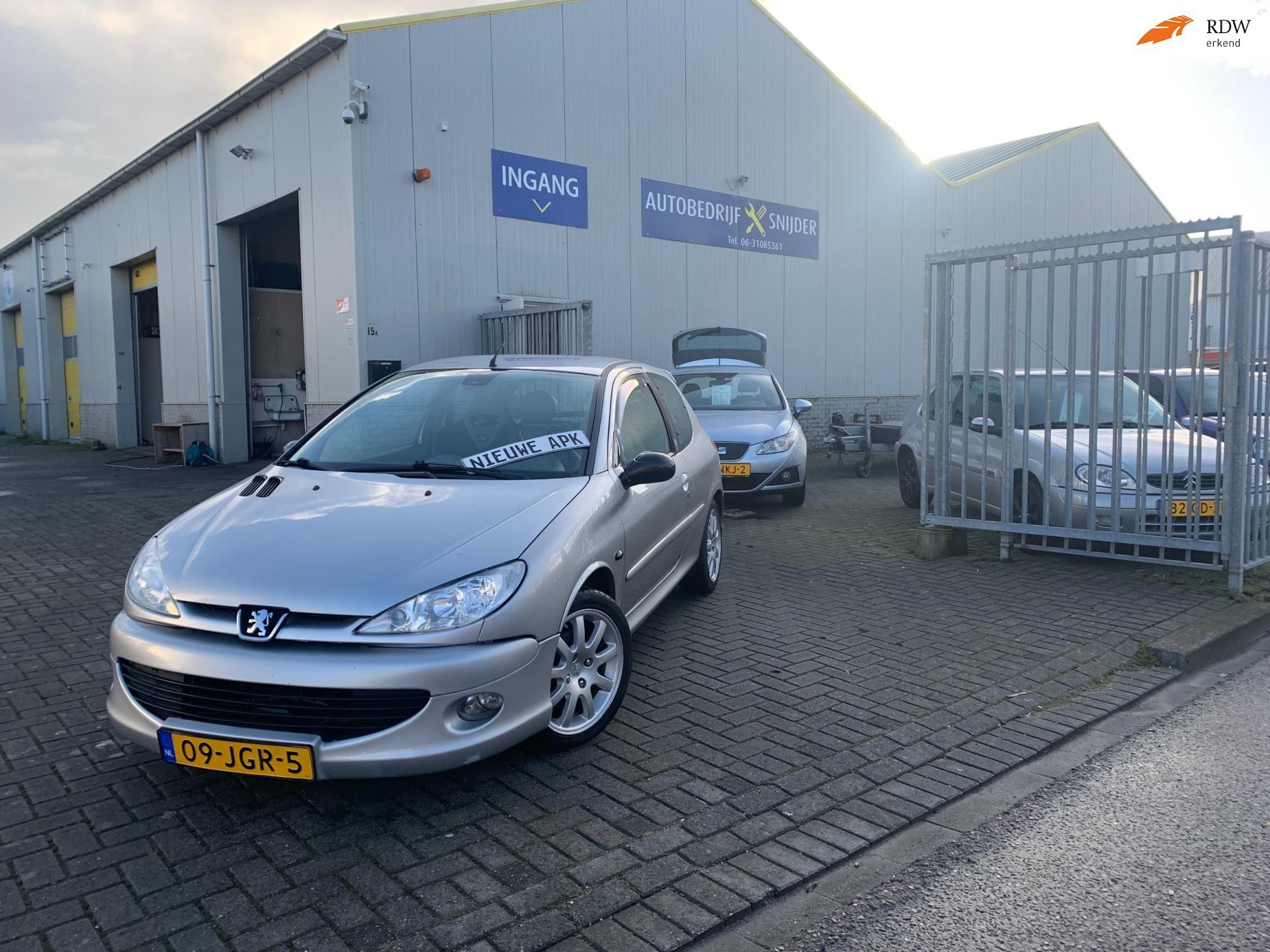 Peugeot 206 occasion - Autobedrijf Snijder