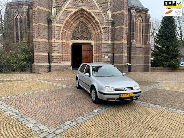 Volkswagen Golf volkswagen Golf1.4-16V dealer onderhouden in zeer nette staat
