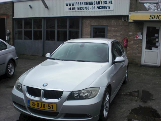 BMW 3-serie 318i-108068 KM NAP-AIRCO-BJ 200/8-APK 09-2021