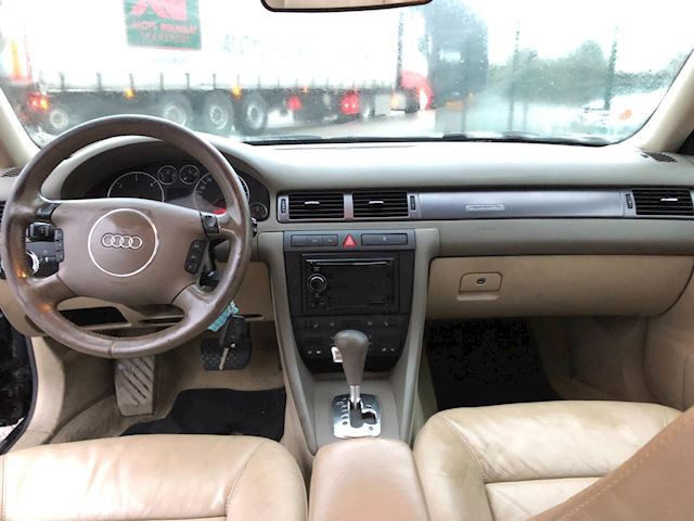 Audi A6 Avant 2.5 TDI quattro Pro Line  motor loopt niet goed