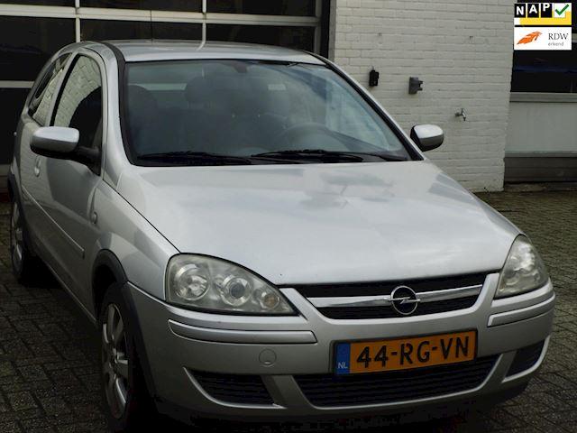 Opel Corsa occasion - AUTOBEDRIJF SLIKKER