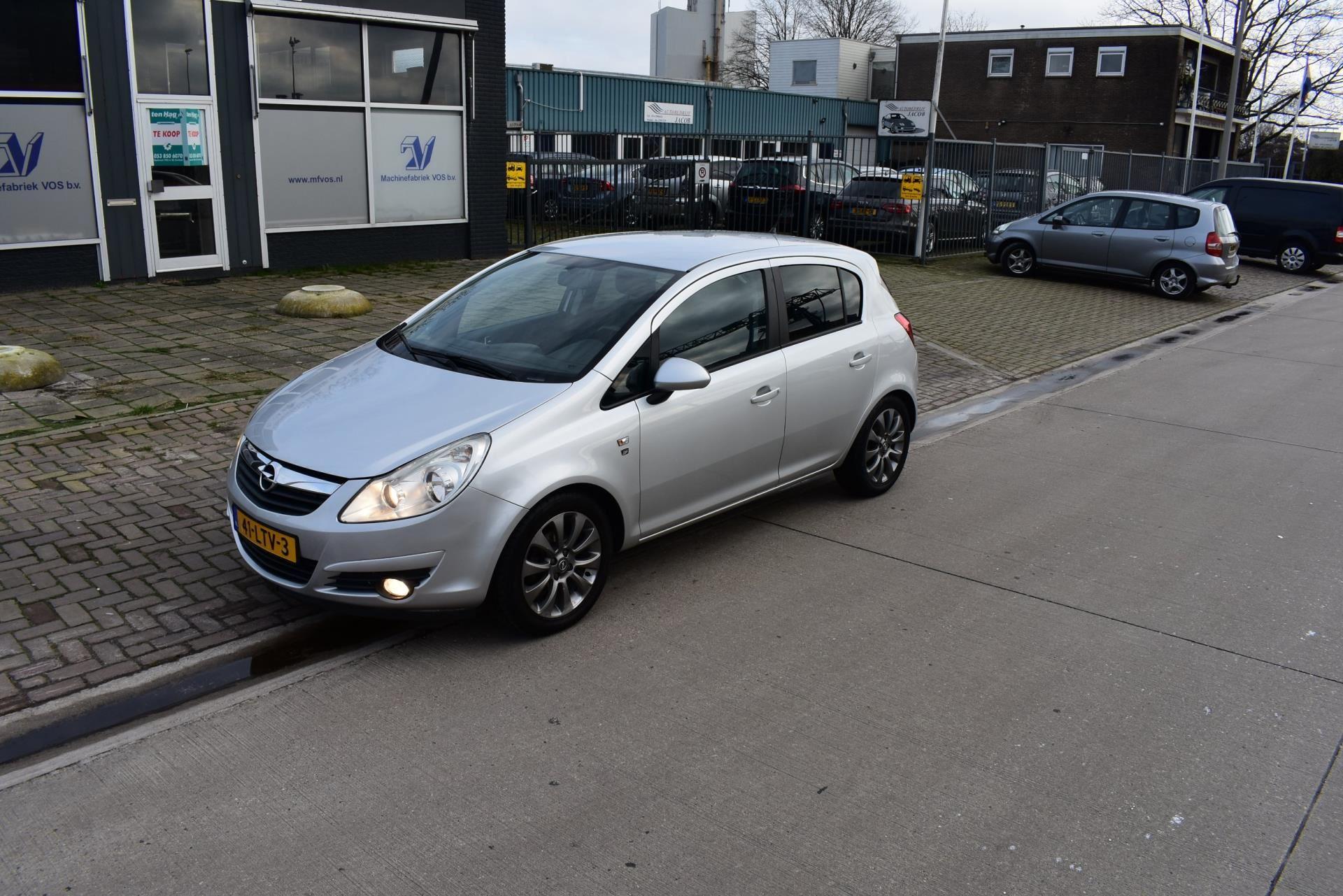 Opel Corsa occasion - Autobedrijf Jacob
